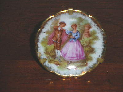LIMOGES Mini MINIATURE Porcelain PLATE w Stand FRAGONARD COURTING COUPLE 1 3/4""