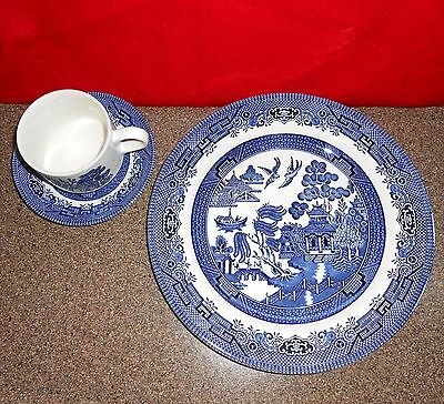 Blue Willow Churchill England China Dinner Plate Cup and Saucer Great Condition