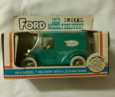 Ertl Ford 1913 Model T Delivery Truck Bank with Locking Bank