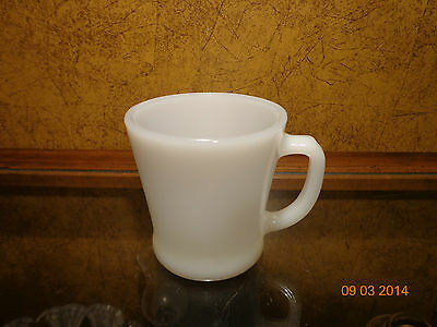 Vintage Anchor Hocking Fire King White Milk Glass D Handle Coffee Mug Cup NR
