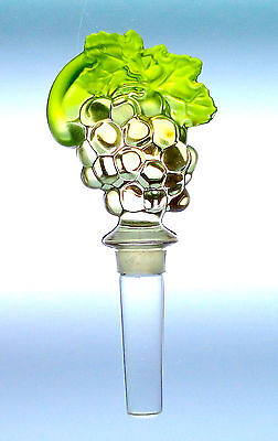 """Mikasa Chablis Grape Cluster with Leaves 5.75"""" Wine Bottle Stopper"""