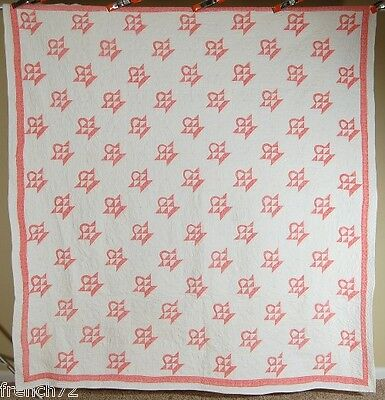 Large 30's Vintage Baskets Antique Quilt ~SMALL SCALE & GREAT QUILTING!