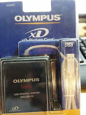 NEW OLYMPUS MAUSB-10 xD-Picture / SmartMedia USB Card Reader / Writer