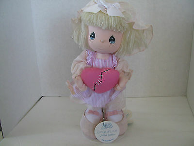"""Precious Moments 11"""" Doll With Stand Songs of Love PSALM 147:3 Applause"""