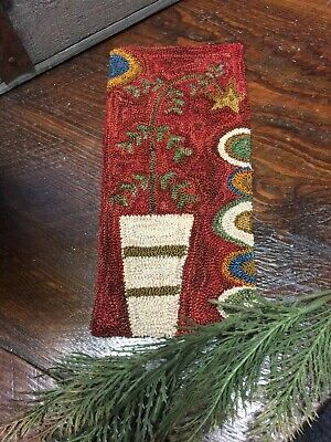"Primitive Punch Needle Pattern ~ ""Charlies Tree"""