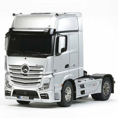 TAMIYA RC Mercedes Benz Actros 1851 Gigaspace 56335 1:14 Assembly Kit