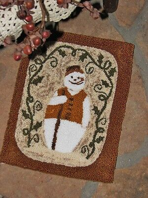 "Primitive Punch Needle Pattern ~  ""Vintage Snowman"""