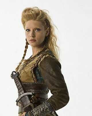 Winnick, Katheryn [Vikings] (55010) 10x8 Photo