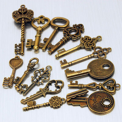 14 Assorted Antique Vtg Old Look Large Skeleton Keys Vintage Bronze Pendants Set