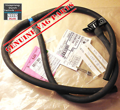 Audi A4 Convertible Cabriolet (B6/B7) Rear Right Water Drain Hose 8H0825598