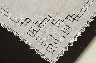Exquisite Vintage Linen Madeira Wedding Hanky With Hand Embroidery Oo24