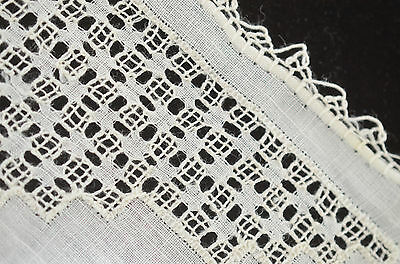 Handsome Vintage Linen And Lace Wedding Hanky Oo40