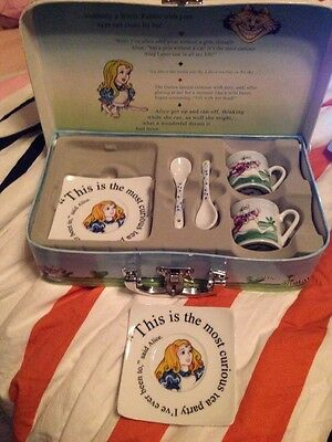 Alice In Wonderland Espresso Tea Party Set Of Two Cups Saucers Spoons Cardew Nib