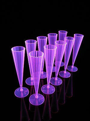 148ml 10x Champagne Flöten Sektglas Pink Blacklight Party Champagner