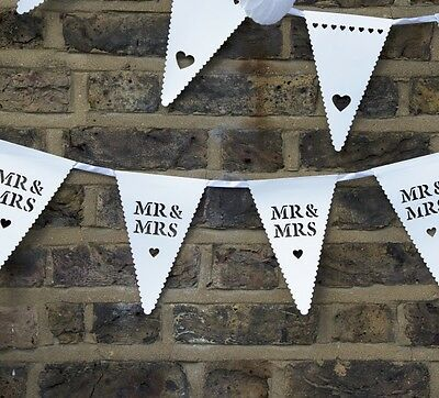 Mr & Mrs White Scalloped Heart Bunting Banner Garland Wedding Party Decoration
