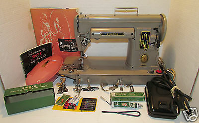 Vintage Singer 301A Sewing Machine Slant Needle Big Sister to Featherweight NR