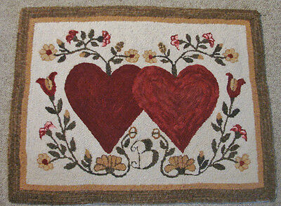 Primitive Hooked Rug Pattern On Linen ~ Hearts Entwined