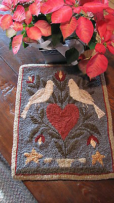 "Primitive Hooked Rug Pattern On Linen ""Lovebirds"""