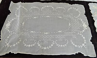 Trio Of Exquisite Linen Table Or Tray Mats Mm62