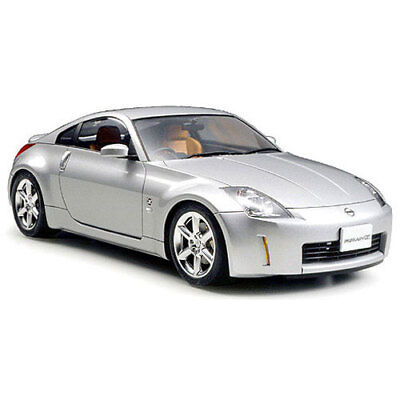 TAMIYA 24254 Nissan 350Z Tracks Performance edtn 1:24 Car Model Kit