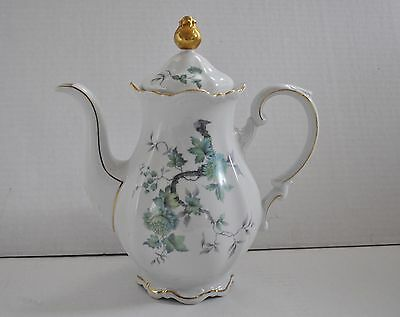 Mitterteich GREEN MING Tea Pot with Lid Beautiful Condition 10.5in Tall