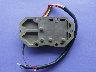 Johnson Evinrude Rectifier / Regulator Assembly NEW P/N 585195