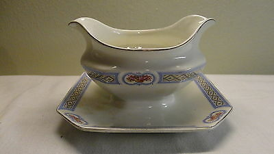 VINTAGE J & G MEAKIN ENGLAND GRAVY BOAT W/ DRIP PLATE CHINA FREE SHIPPING
