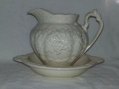 Renaissance Ivory Pitcher And Bowl Raised Grape And Leaf Design By Lefton H4221