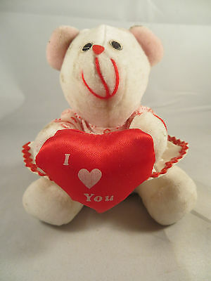 """Cuddle Wit """"I Love You"""" Valentines Day Bear With Heart"""