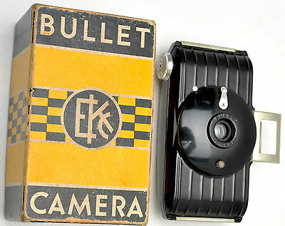 VINTAGE 1930'S ART DECO KODAK BULLET BAKELITE CAMERA - WORKING W/Original Box