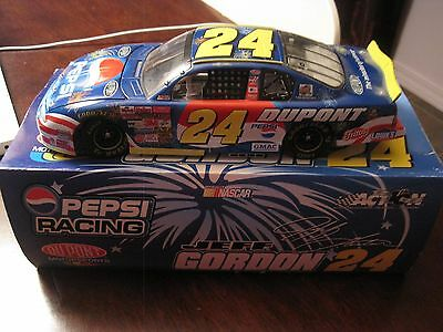 Action 2002 Monte Carlo #24 Jeff Gordon DuPont/Pepsi/Daytona