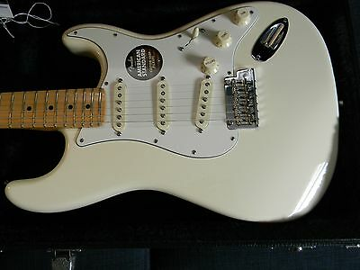 2014 Fender American Standard Stratocaster Olympic White  Mint/Unplayed !!!