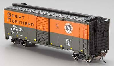 NEW Bachmann 40  Box Great Northern (Green/Orange) HO 17002