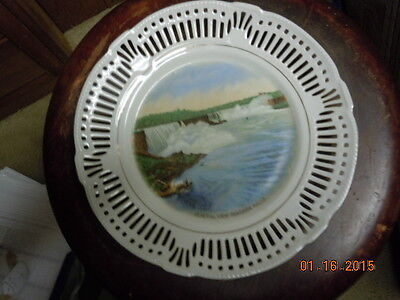 "Niagara Falls, NY. Early Collector plate of the Falls Size 9 1/2"" Made Germany"