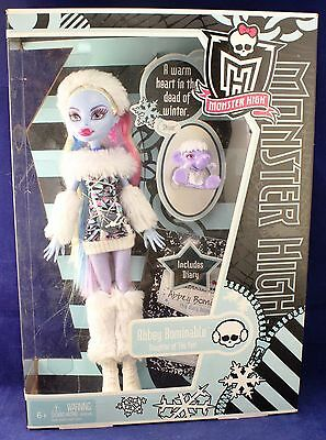 Monster High Doll ABBEY BOMINABLE w/ Pet SHIVER Daughter of The YETI