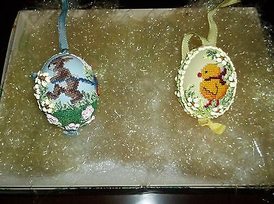 VINTAGE EASTER HAND PAINTED REAL EGGS SET OF 2/O