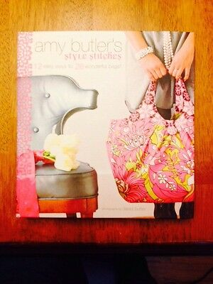 Style Stitches : 12 Easy Ways to 26 Wonderful Bags by Amy Butler (2010, Hardcove