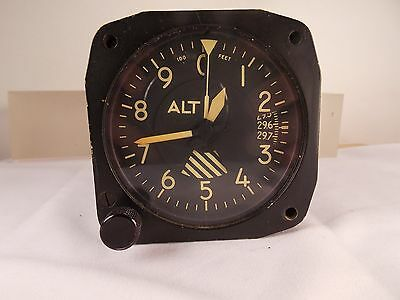 Aircraft / Aviation Parts / Avionics:  Aerosonic 0 - 80,000 FT Altimeter MB-2