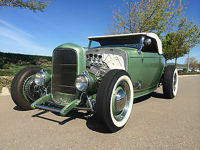 Ford : Model A Roadster 1932 ford roadster 409 ci green perfect