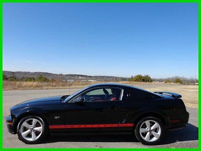 Ford : Mustang GT Coupe Deluxe Manual 2006 ford mustang 4.6 l v 8 gt
