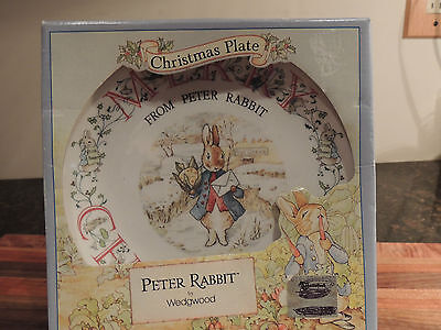 WEDGEWOOD PETER RABBIT CHRISTMAS PLATE 1993 WITH BOX