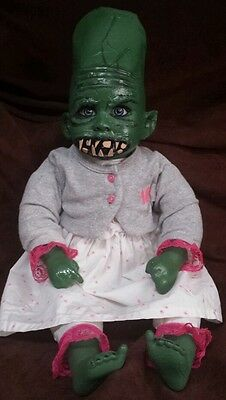 """Zombie Baby Monster Baby Doll 20"""" Halloween Haunted House Horror Prop"""