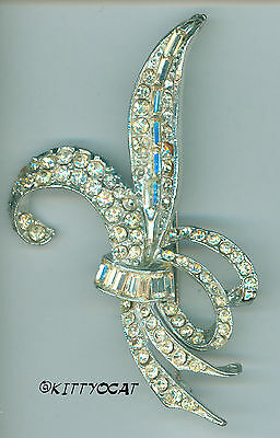 Vintage Clear Glass Rhinestone Figural Bouquet Brooch Pin Art Nouveau Not Worn