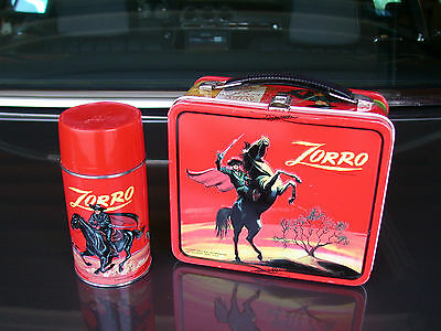 VINTAGE 1966 ZORRO RED SKY METAL LUNCHBOX AND THERMOS