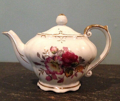"""Vintage Tilso Musical Teapot Japan  """"Plays Tea for Two"""""""