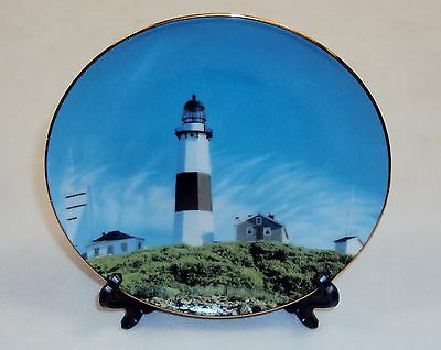 "Montauk Point Lighthouse 6"" Plate w/Stand ~ Miniature Collectible"