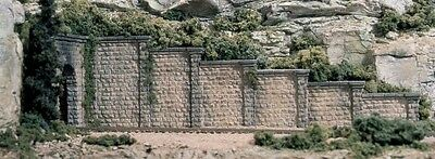 NEW Woodland Scenics Cut Stone Retaining Walls (6) N C1159