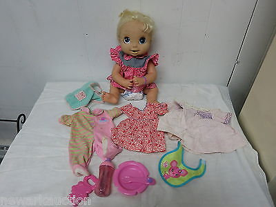 BABY ALIVE HASBRO DOLLS INTERACTIVE 2006 SOFT FACE TALKS EATS POOPS WORKS GREAT