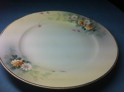 Vintage Nippon Plate with Daisy Pattern