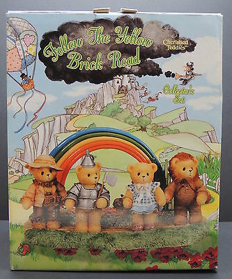 CHERISHED TEDDIES Follow the Yellow Brick Road 476501 w/ Adoption Certificates